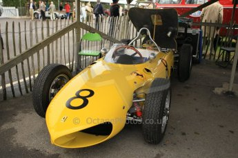 © Octane Photographic 2011 – Goodwood Revival 17th September 2011. Ferrari 156 sharknose replica, Historic F1. Digital Ref : 0179CB1D4357