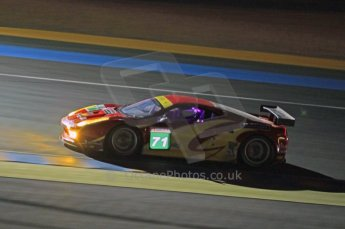 © Octane Photographic 2011. Le Mans night qualifying 9th June 2011. La Sarthe, France. Digital Ref : 0077CB1D0992