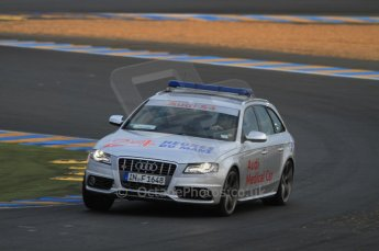 © Octane Photographic 2011. Le Mans night qualifying 9th June 2011. La Sarthe, France. Digital Ref : 0077CB7D0351
