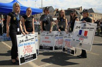 © Octane Photographic 2011. Le Mans Drivers' parade, 10th June 2011. Digital Ref : 0078CB1D1127