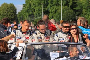 © Octane Photographic 2011. Le Mans Drivers' parade, 10th June 2011. Digital Ref : 0078LW7D5109