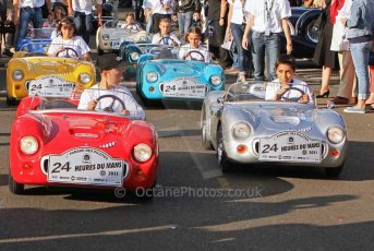 © Octane Photographic 2011. Le Mans Drivers' parade, 10th June 2011. Digital Ref : 0078LW7D5307
