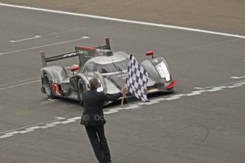 © Octane Photographic 2011. Le Mans finish line and podium - Sunday 11th June 2011. La Sarthe, France. Digital Ref : 0263cb1d3640