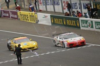 © Octane Photographic 2011. Le Mans finish line and podium - Sunday 11th June 2011. La Sarthe, France. Digital Ref : 0263cb1d3660