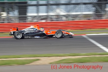 © Jones Photography 2011. World Series Renault – Silverstone, Sunday 21st August 2011. Formula Renault 3.5. Robert Wickens - Carlin. Digital Reference 0154DSC04625