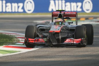 © 2012 Octane Photographic Ltd. Italian GP Monza - Friday 7th September 2012 - F1 Practice 1. McLaren MP4/27 - Lewis Hamilton. Digital Ref : 0505lw7d5384