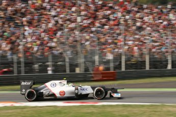© 2012 Octane Photographic Ltd. Italian GP Monza - Friday 7th September 2012 - F1 Practice 2. Sauber C31 - Sergio Perez. Digital Ref :