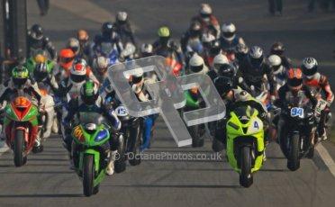 © Octane Photographic Ltd. Thundersport – Donington Park - 24th March 2012. RLRmotorsports.com 600 Sportsman Elite, the pack heads out of the pitlane. Digital ref : 0260cb7d3381