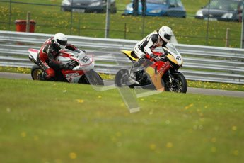 © Octane Photographic Ltd. Wirral 100, 28th April 2012. Powerbikes. Qualifying race. Digital ref : 0305cb1d4768