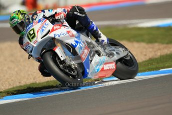© Octane Photographic Ltd. 2012 World Superbike Championship – European GP – Donington Park. Saturday 12th May 2012. WSBK Free Practice. Digital Ref : 0333cb1d4223