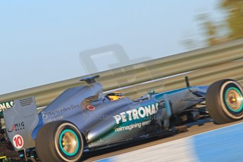 World © Octane Photographic Ltd. Formula 1 Winter testing, Jerez, 6th February 2013. Mercedes AMG Petronas F1 W04, Lewis Hamilton. Digital Ref: 0572cb7d6860