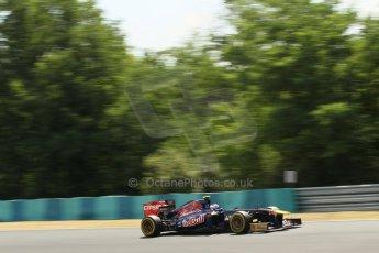 World © Octane Photographic Ltd. F1 Hungarian GP - Hungaroring. Friday 26th July 2013. F1 Practice 2. Scuderia Toro Rosso STR 8 - Daniel Ricciardo. Digital Ref : 0760lw1d0554