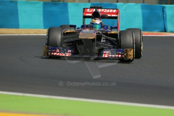 World © Octane Photographic Ltd. F1 Hungarian GP - Hungaroring. Friday 26th July 2013. F1 Practice 2. Scuderia Toro Rosso STR8 - Jean-Eric Vergne. Digital Ref : 0760lw1d1915