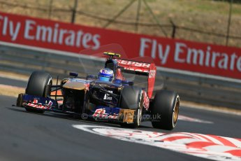 World © Octane Photographic Ltd. F1 Hungarian GP - Hungaroring, Saturday 27th July 2013 - Practice 3. Scuderia Toro Rosso STR 8 - Daniel Ricciardo. Digital Ref : 0763lw1d3254