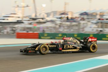 World © Octane Photographic Ltd. Friday 21st November 2014. Abu Dhabi Grand Prix - Yas Marina Circuit - Formula 1 Practice 2. Lotus F1 Team E22 – Pastor Maldonado. Digital Ref: 1161CB1D6801