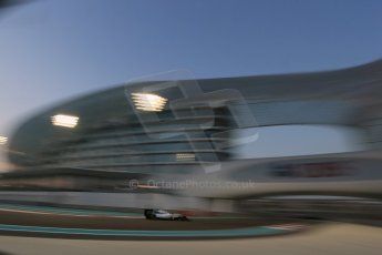 World © Octane Photographic Ltd. Friday 21st November 2014. Abu Dhabi Grand Prix - Yas Marina Circuit - Formula 1 Practice 2. Williams Martini Racing FW36 – Felipe Massa. Digital Ref: 1161LB1D4882