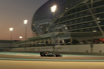 World © Octane Photographic Ltd. Friday 21st November 2014. Abu Dhabi Grand Prix - Yas Marina Circuit - Formula 1 Practice 2. Sauber C33 – Esteban Gutierrez. Digital Ref : 1161LB1D5145