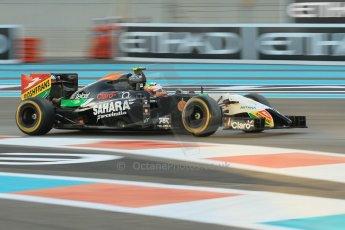 World © Octane Photographic Ltd. 2014 Formula 1 Abu Dhabi Grand Prix, F1 Qualifying, Saturday 22nd November 2014. Sahara Force India VJM07 – Sergio Perez. Digital Ref : 1166CB1D8232