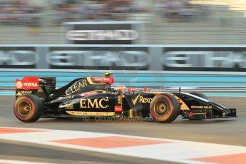World © Octane Photographic Ltd. 2014 Formula 1 Abu Dhabi Grand Prix, F1 Qualifying, Saturday 22nd November 2014. Lotus F1 Team E22 – Pastor Maldonado. Digital Ref : 1166CB1D8262
