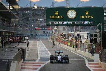 World © Octane Photographic Ltd. Saturday 22nd November 2014. Abu Dhabi Grand Prix - Yas Marina Circuit - Formula 1 Qualifying. Mercedes AMG Petronas F1 W05 – Lewis Hamilton. Digital Ref: 1166LB1D1370