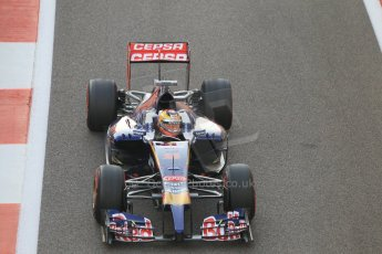 World © Octane Photographic Ltd. Sunday 23rd November 2014. Abu Dhabi Grand Prix - Yas Marina Circuit - Formula 1 Race. Scuderia Toro Rosso STR9 – Jean-Eric Vergne on his out lap from the pits. Digital Ref: