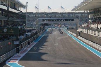 World © Octane Photographic Ltd. Sunday 23rd November 2014. GP2 Race 2 – Abu Dhabi GP - Yas Marina Circuit, United Arab Emirates. Race start. Digital Ref :1170CB1D6913