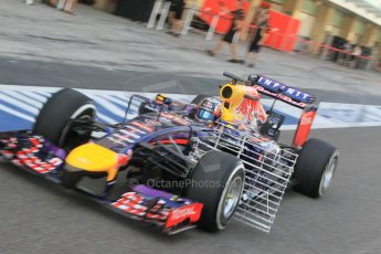 World © Octane Photographic Ltd. Tuesday 25th November 2014. Abu Dhabi Testing - Yas Marina Circuit. Infiniti Red Bull Racing RB10 – Carlos Sainz jr. Digital Ref: 1174CB1D8222