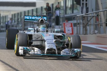 World © Octane Photographic Ltd. Tuesday 25th November 2014. Abu Dhabi Testing - Yas Marina Circuit. Mercedes AMG Petronas F1 W05 Hybrid – Nico Rosberg. Digital Ref: 1174CB1D8313