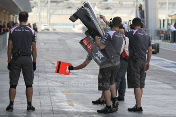World © Octane Photographic Ltd. Tuesday 25th November 2014. Abu Dhabi Testing - Yas Marina Circuit. Sauber C33 – Marcus Ericsson. Digital Ref: 1174CB1D8336