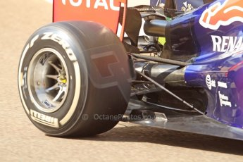 World © Octane Photographic Ltd. Tuesday 25th November 2014. Abu Dhabi Testing - Yas Marina Circuit. Infiniti Red Bull Racing RB10 – Carlos Sainz jr. Digital Ref: 1174CB7D8727