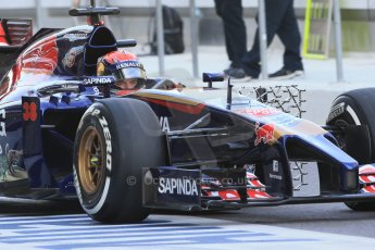 World © Octane Photographic Ltd. Tuesday 25th November 2014. Abu Dhabi Testing - Yas Marina Circuit. Scuderia Toro Rosso STR9 – Max Verstappen. Digital Ref: 1174LB1D7868