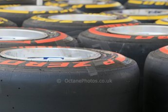 World © Octane Photographic Ltd. Tuesday 25th November 2014. Abu Dhabi Testing - Yas Marina Circuit. Infiniti Red Bull Racing RB10 tyres being got ready. Digital Ref: 1174LB1D8267
