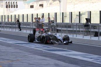 World © Octane Photographic Ltd. Tuesday 25th November 2014. Abu Dhabi Testing - Yas Marina Circuit. Sauber C33 – Marcus Ericsson. Digital Ref: 1174LB7L9570