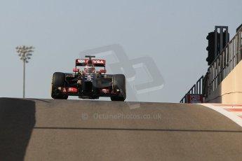 World © Octane Photographic Ltd. Wednesday 26th November 2014. Abu Dhabi Testing - Yas Marina Circuit. Lotus F1 Team E22 – Esteban Ocon. Digital Ref: 1175CB1D9068