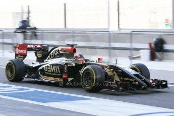 World © Octane Photographic Ltd. Wednesday 26th November 2014. Abu Dhabi Testing - Yas Marina Circuit. Lotus F1 Team E22 – Alex Lynn. Digital Ref: 1175CB1D9481