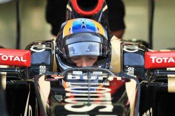 World © Octane Photographic Ltd. Wednesday 26th November 2014. Abu Dhabi Testing - Yas Marina Circuit. Lotus F1 Team E22 – Alex Lynn. Digital Ref: 1175CB7D8867