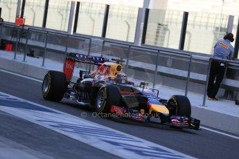 World © Octane Photographic Ltd. Wednesday 26th November 2014. Abu Dhabi Testing - Yas Marina Circuit. Infiniti Red Bull Racing RB10 – Daniel Ricciardo. Digital Ref: 1175LB1D8983