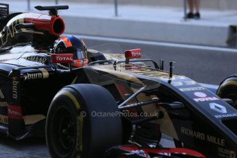 World © Octane Photographic Ltd. Wednesday 26th Wednesday 26th November 2014. Abu Dhabi Testing - Yas Marina Circuit. Lotus F1 Team E22 – Alex Lynn. Digital Ref: 1175LB1D9109