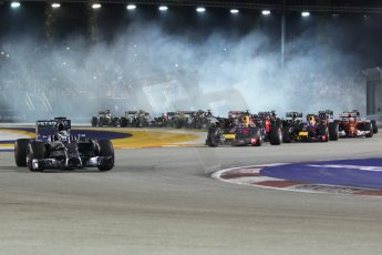 World © Octane Photographic Ltd. Sunday 21st September 2014, Singapore Grand Prix, Marina Bay. - Formula 1 Race start lap 1. Digital Ref: 1127CB1D1189