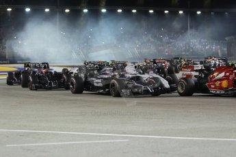 World © Octane Photographic Ltd. Sunday 21st September 2014, Singapore Grand Prix, Marina Bay. - Formula 1 Race start lap 1. Digital Ref: 1127CB1D1204