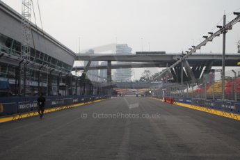 World © Octane Photographic Ltd. Wednesday 17th September 2014, Singapore Grand Prix, Marina Bay. Formula 1 Setup and atmosphere. Start/Finish Straight. Digital Ref: 1115CB1D6493