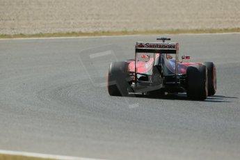 World © Octane Photographic Ltd. Friday 9th May 2014. Circuit de Catalunya - Spain - Formula 1 Practice 1 pitlane. Scuderia Ferrari F14T - Fernando Alonso. Digital Ref: