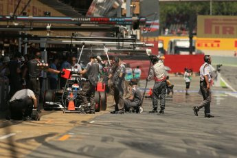 World © Octane Photographic Ltd. Friday 9th May 2014. Circuit de Catalunya - Spain - Formula 1 Practice 2 pitlane. Sauber C33 – Adrian Sutil. Digital Ref: