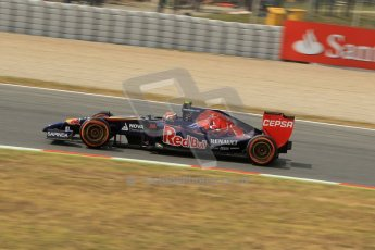 World © Octane Photographic Ltd. Saturday 10th May 2014. Circuit de Catalunya - Spain - Formula 1 Practice 3. Scuderia Toro Rosso STR 9 – Daniil Kvyat. Digital Ref: 0935lb1d3609