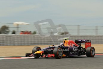 World © Octane Photographic Ltd. Saturday 10th May 2014. Circuit de Catalunya - Spain - Formula 1 Practice 3. Infiniti Red Bull Racing RB10 – Daniel Ricciardo. Digital Ref: 0935lb1d3688