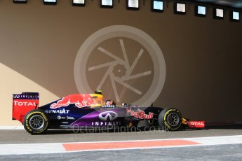 World © Octane Photographic Ltd. Infiniti Red Bull Racing RB11 – Daniil Kvyat. Friday 27th November 2015, F1 Abu Dhabi Grand Prix, Practice 1, Yas Marina. Digital Ref: 1477CB7D1671
