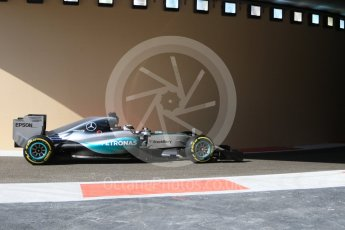 World © Octane Photographic Ltd. Mercedes AMG Petronas F1 W06 Hybrid – Lewis Hamilton. Friday 27th November 2015, F1 Abu Dhabi Grand Prix, Practice 1, Yas Marina. Digital Ref: 1477CB7D1678