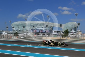 World © Octane Photographic Ltd. Lotus F1 Team E23 Hybrid – Pastor Maldonado. Friday 27th November 2015, F1 Abu Dhabi Grand Prix, Practice 1, Yas Marina. Digital Ref: 1477LB1D6172