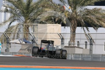 World © Octane Photographic Ltd. McLaren Honda MP4/30 – Fernando Alonso. Friday 27th November 2015, F1 Abu Dhabi Grand Prix, Practice 1, Yas Marina. Digital Ref: 1477LB1D6413