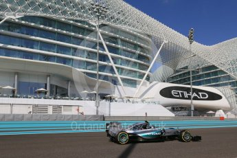 World © Octane Photographic Ltd. Mercedes AMG Petronas F1 W06 Hybrid – Nico Rosberg. Friday 27th November 2015, F1 Abu Dhabi Grand Prix, Practice 1, Yas Marina. Digital Ref: 1477LB1D6653